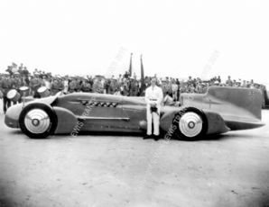 BLUEBIRD Malcolm Campbell 1933 Daytona Beach (Side)
